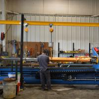 Repairing a large hydraulic cylinder
