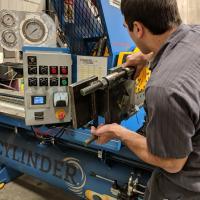 repairing hydraulic cylinders